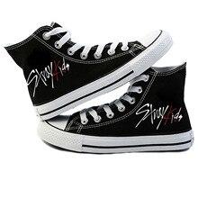 새로운 KPOP Straykids 캐주얼 신발 여성 패션 스니커즈 길 잃은 어린이 캔버스 신발 Jeongin Felix Bangchan Minho Changbin Vogue