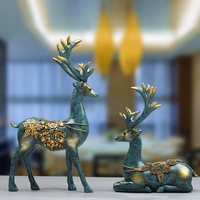 Classics Couple Elk Ornaments 2pcs Resin Deer Figurine Miniatures Crafts Decoration for Home Office Hogard