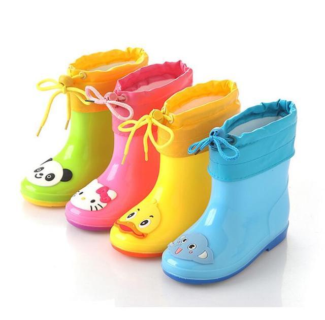 2018New Bahar lastik çizmeler Çocuk Botları Kız Erkek Çocuklar Karikatür Yağmur Çizmeleri Şeker Renk Antiskid yağmur botu Su Geçirmez Ayakkabı