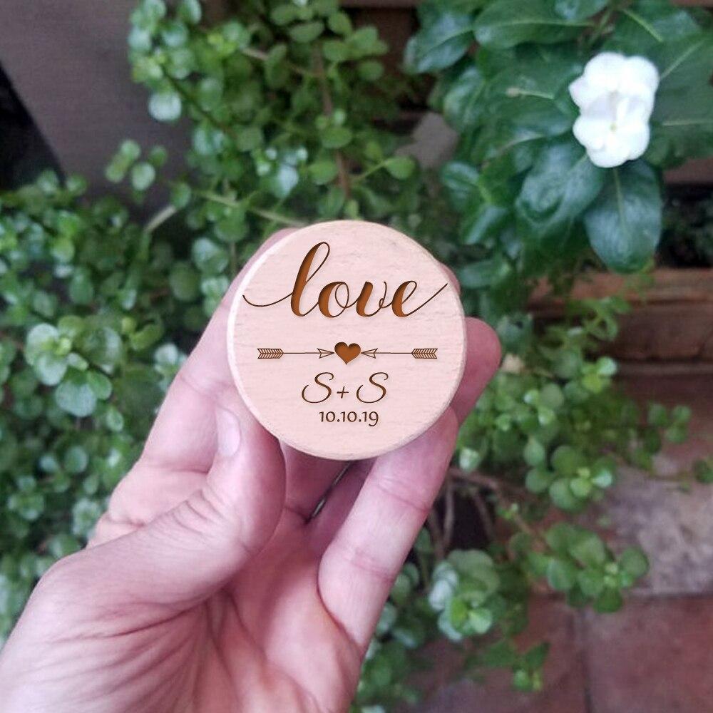Персонализированные любовь лук со стрелкой Свадебные деревянная коробочка для кольца индивидуальные имена Дата дерево Юбилей идеально сувенирное кольцо Коробка для свадебного торжества