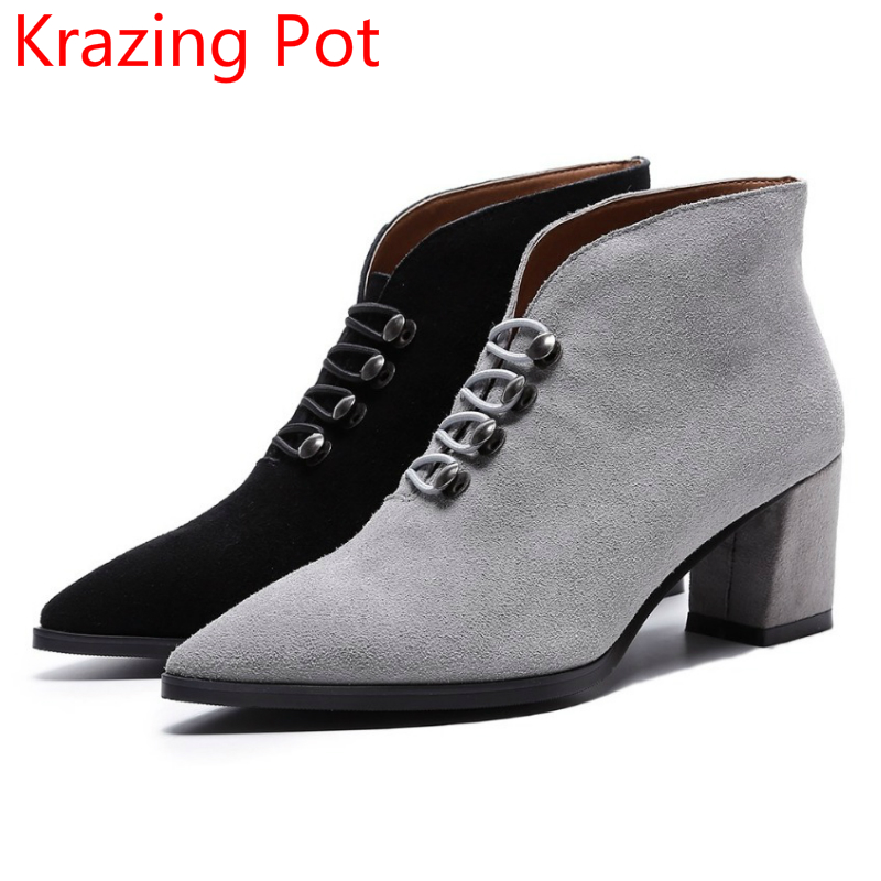 2018 New Arrival Cow Suede Pointed Toe Fashion Winter Boots High Heels European Design Rivet Decoration Handmade Ankle Boots L68 2018 fashion winter shoes cow suede high heels solid pointed toe zipper handmade warm european style sweet women ankle boots l26