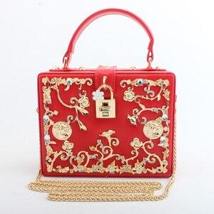 Image 5 - Moda feminina saco de noite 2019 senhoras couro do plutônio embreagem caixa elegante bolsa ombro crossbody carteira flor metal ferrolho bolsa