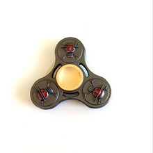 มือปั่นEDCของเล่นการ์ตูนOne P Ieceลูฟี่กำปั้นงูไฮดราHandspinnerสามเหลี่ยมปลายนิ้วgyroscopeอยู่ไม่สุขปั่นวงแหวนโลหะ