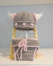 Livraison gratuite Crochet Fille Viking Chapeau et Diaper Cover Set Nouveau-Né Photo Prop