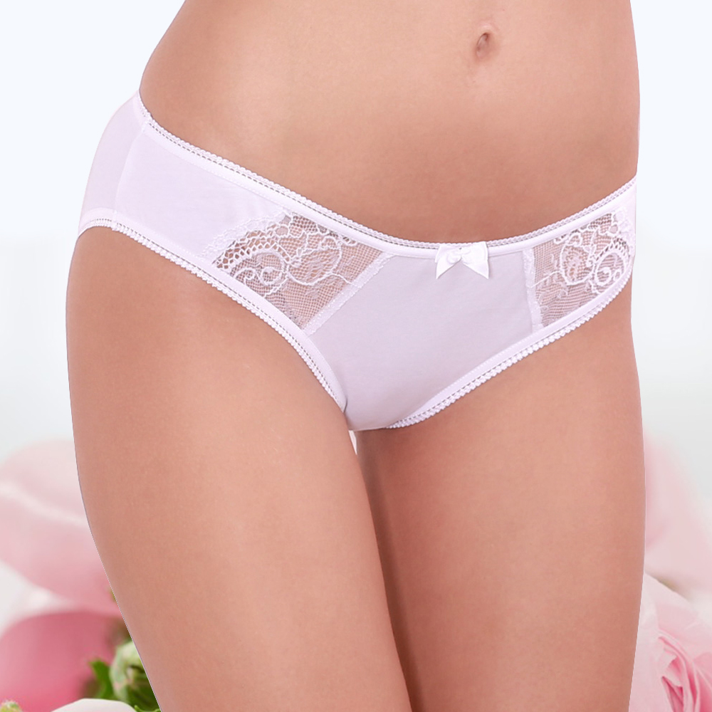 2017 Sexy   Panties   Unique Design Low-Rise Cotton Briefs Solid Color 95% Cotton + 5% Spandex Lady Underwear Lace Undies Knickers