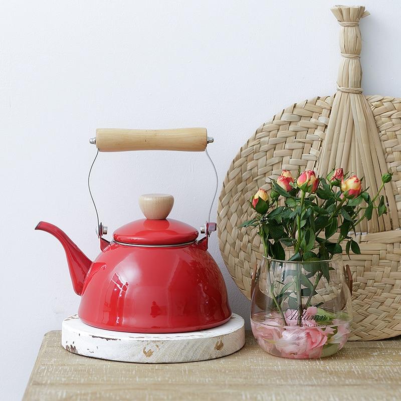 Nouveau 1.5L bouilloire à eau en émail japonais bouilloire à thé cuisinière à gaz domestique cuisinière à Induction Pot universel Pot d'eau chaude Carafe à café