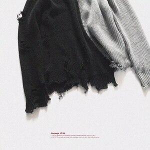 Image 2 - Mùa thu đông nam rách lỗ Miếng dán cường lực quá khổ Áo len dệt kim không đều thiết kế hip hop Punk đan nữ Vintage chui đầu