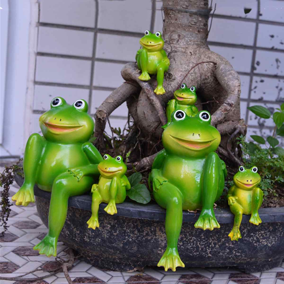 Cute Resin Sitting Frogs Statue Outdoor Garden Store Decorative Frogs Sculpture For Home Desk Garden Decor Ornament 2pcs/Set
