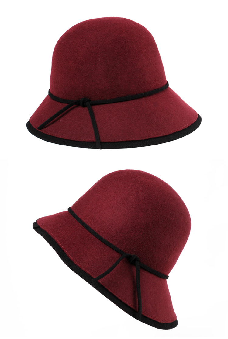 4 red hat women
