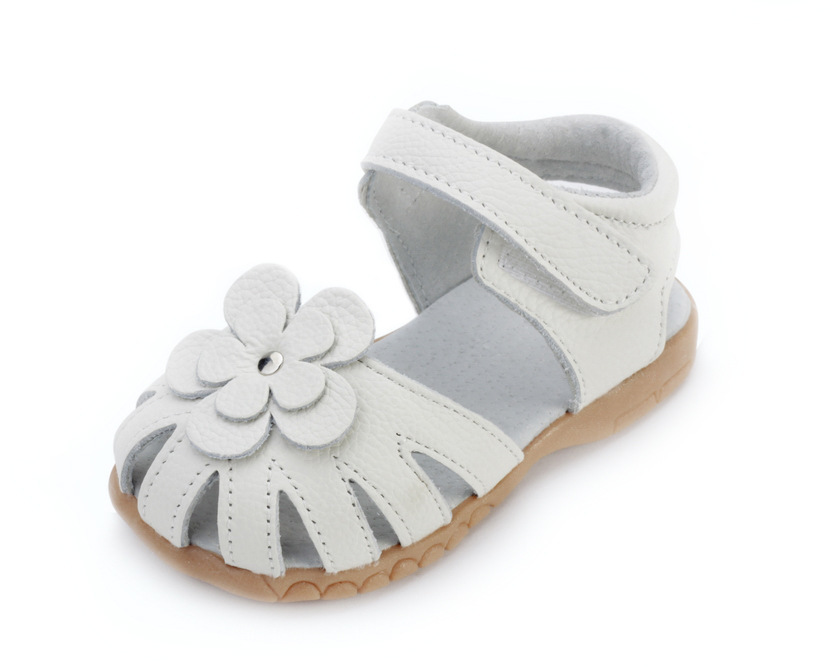 abc2f1509 2015 Summer girls white leather sandals Baotou sweat slip sandals baby girl  Leather sandals Children s leather sandals