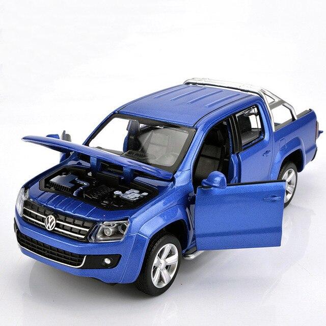 Simulatie 1:30 Amarok 4 open deur pickup truck model, metalen geluid en licht terug naar kinderen gift speelgoed model auto, gratis verzending