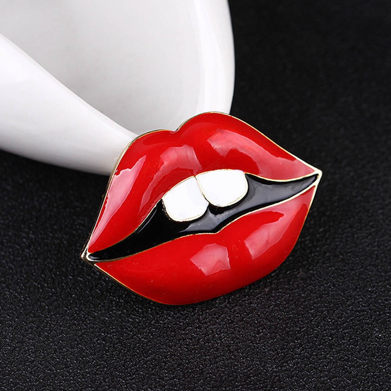 Sexy Lips Brooch Elegant Simulated Pearl Red Lips Jewelry Trendy Brooches Pins Scarf Wholesale Hot Sale Charm