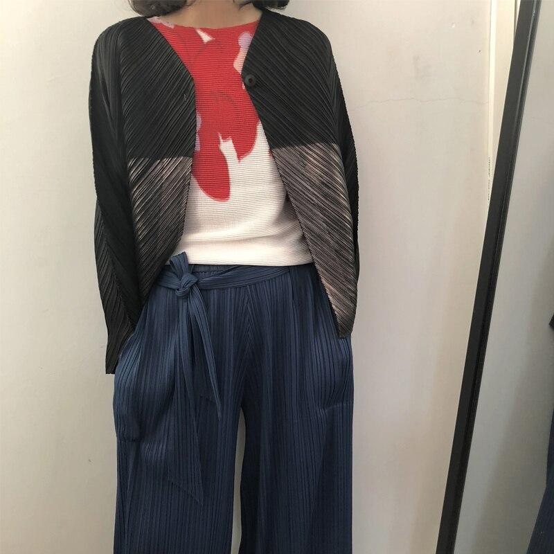 Chaud 2019 Lâche Manteaux Marée Manteau Noir Vestes V Miyak Mode Chart Nouvelle Col Printemps Design Plissée Grande See Changpleat De Taille Femmes Argent 35RL4jA