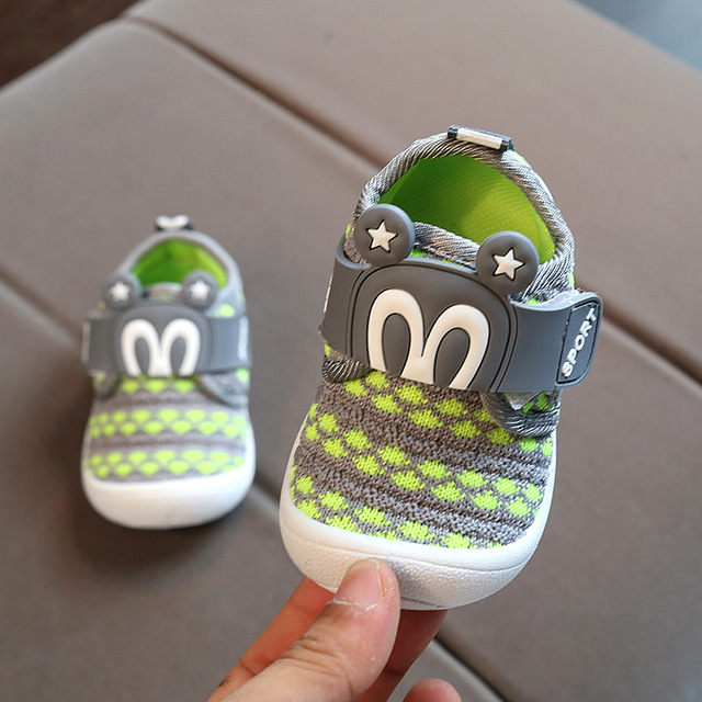 9d6600a1759d 2017 Autumn New Baby Shoes Soft Sole Girls Boys Children Sneakers Sound Kids  Casual Rubber Shoes 0-1 1-3years