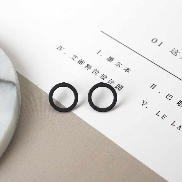 2017 New Black Gun Plated Star & Saturn Stud Earrings Black Set For Women Cute Space Piercing Fashionable Earring Bijoux Jewelry