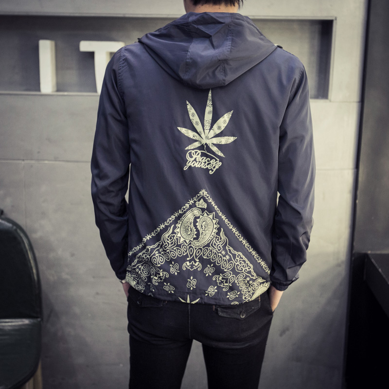Japan Style Jacket Men Fashion 2019 Spring New Hooded Windbreaker Jacket Stylish Weeds Print Mens Coats Casual Mens Jackets 5XL