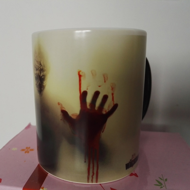 Zombie  Color Changing Coffee Mug Heat Senstive Magic Tea cup Mugs Walking Dead Inspired Bloody hands gift
