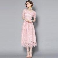 2017 الصيف الأوروبية الجديدة أنيقة قصيرة الأكمام الوردي الدانتيل فستان طويل جودة عالية وجيزة O_neck سليم لطيف اللباس