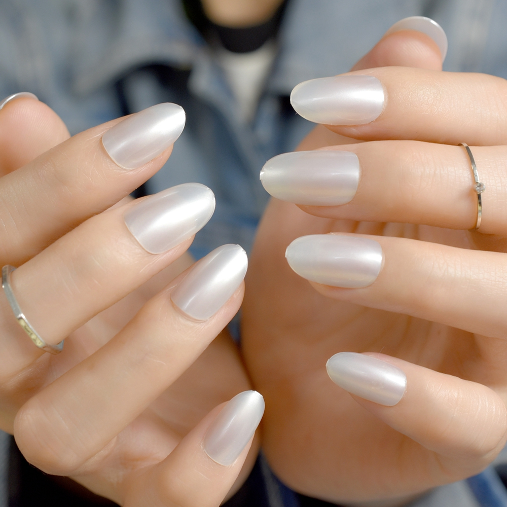 Short Oval Uv Gel Fake Nails Shiny Fade White Round Nails