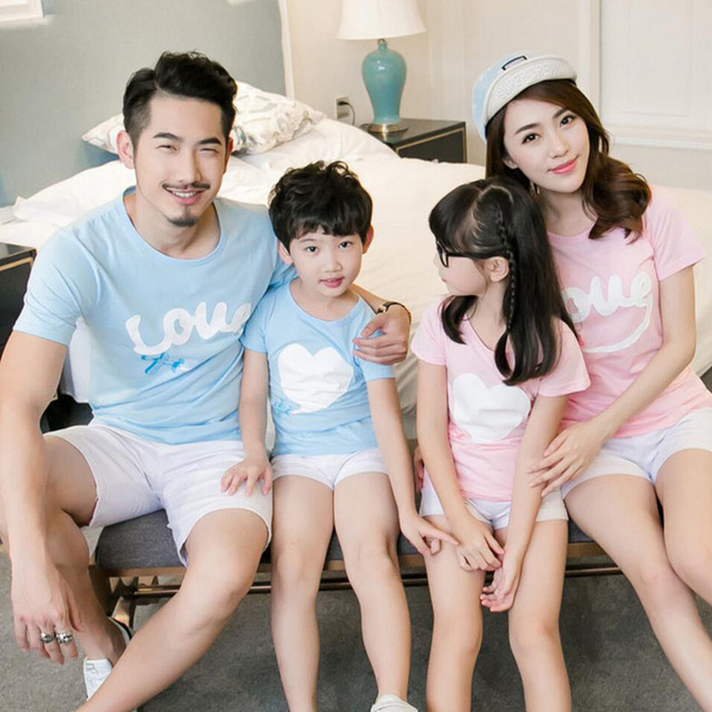 cf8a4300 Family Look Mother Father Daughter Son Matching Clothes 2019 Summer Cotton  T-shirts Family Matching Outfits Mom Dad Baby Clothes