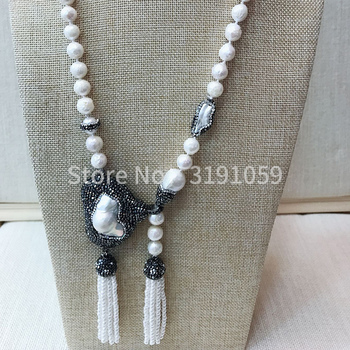 2018 glittering and translucent pearl necklaces are popular in Europe and America