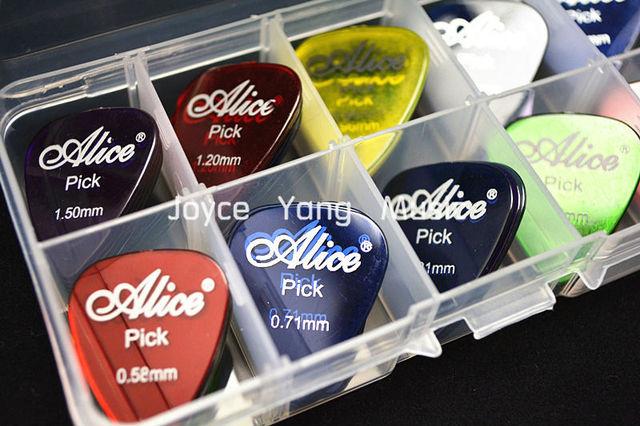 30pcs Alice Clear Transparent Acoustic Electric Guitar Picks Plectrums 1 Plastic Box Case Free