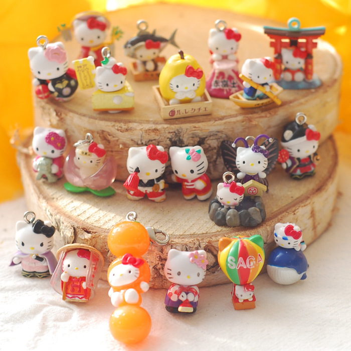 SANRIO Genuine Hello Kitty Doll Capsules Cream Case Material Hello Kitty Random