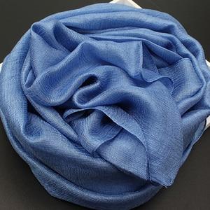 Image 2 - 2020 Khăn Lụa Nữ Cotton Khăn Voan Chắc Chắn Foulard Femme Khăn Choàng Len Lụa Dây Đầu Khăn Hijab Khăn Choàng Bãi Biển Đuôi Nơ