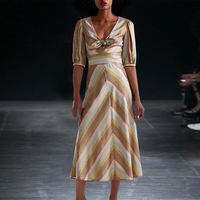 EXCELLENT QUALITY Newest 2019 Stylish Deesigner Runway Suit Set for Ladies Colors Striped Crop Tops Skirt Set
