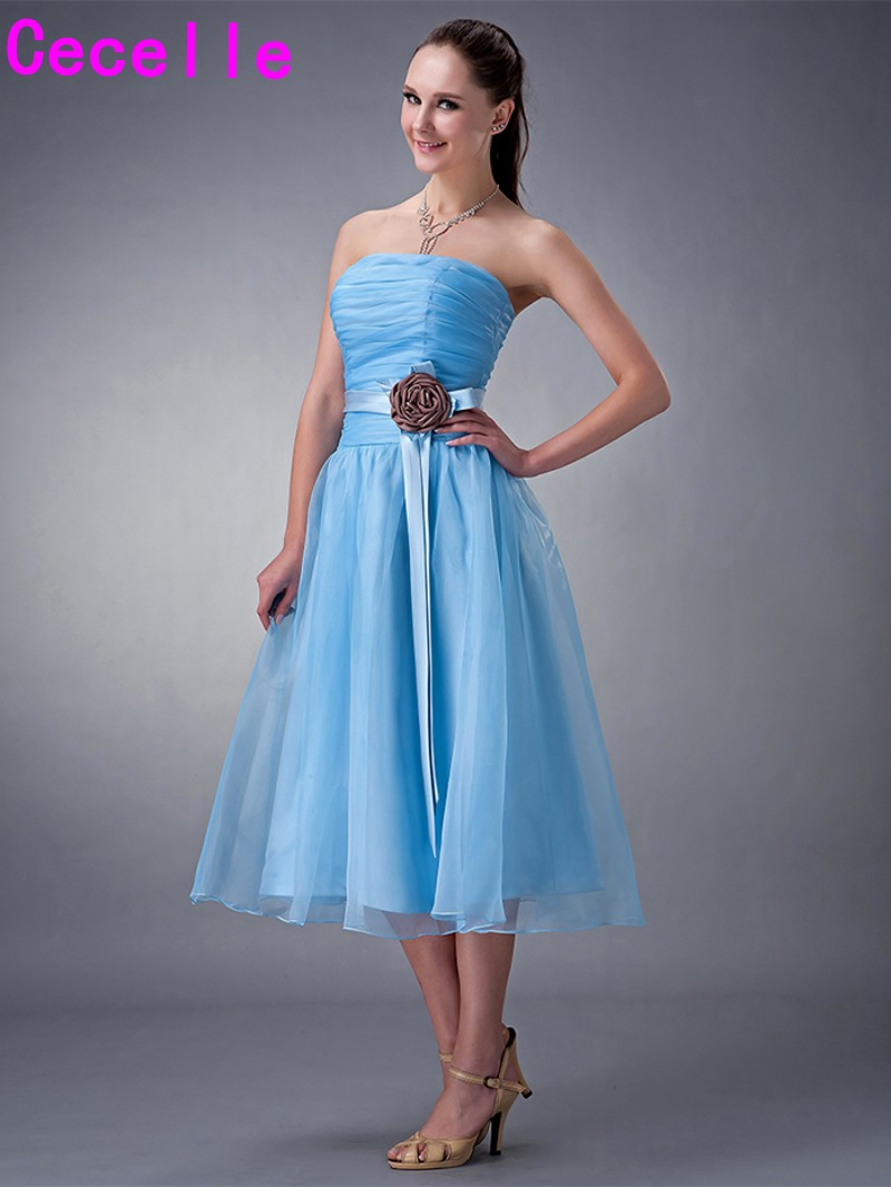 Real Images Short Tea Length blue Strapless Ruching Organza Bridesmaids  Dresses Flowers Free Shipping Country Bridesmaid Robes-in Bridesmaid Dresses  from ... fad6152d76e9