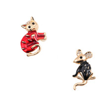 New fashion Lovely red enamel cat and white enamel mouse girl corsage brooch badge 2017 manufacturers wholesale