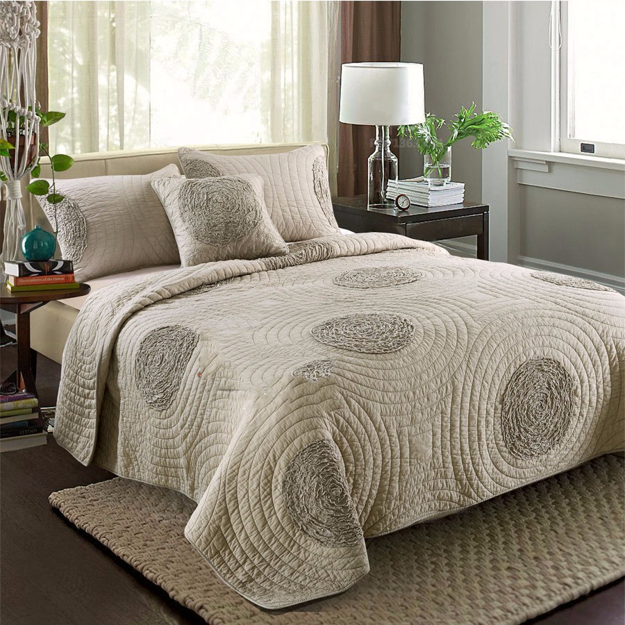 Embroidered Summer Comforter Bedding Sets 100% Cotton Quilted Quilt With Two Pillowcase Queen Size 3pieces Bedding Set