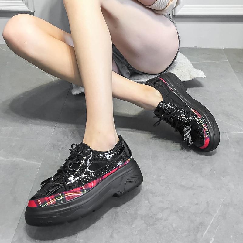 Profonde Plate Ronde Femelle De À Simples Gcyfwj Peu Black Lacets Des En forme Printemps Mode Orteil Sociaux red Femmes Chaussures Verni Treillis Rétro Cuir vdOwU0qd
