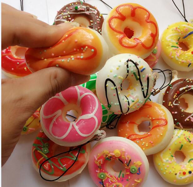 50pcs 5cm Kawaii squishy round bread donut rare Squishy Bun soft Mobile Phone Pendant mix color