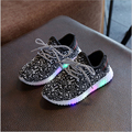 New Fashion Child Spring Casual Shoes Flash LED Light Up Sneakers Cocount Luminous Glowing Boots Toddlers Boys Girls Sport Shoes