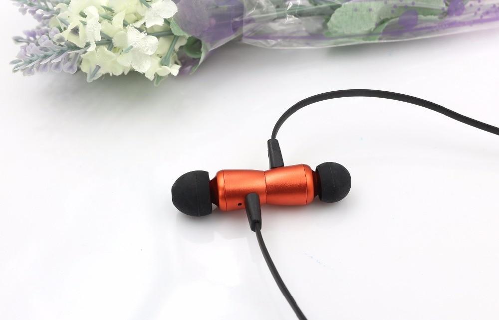 Tai nghe Bluetooth không dây K815