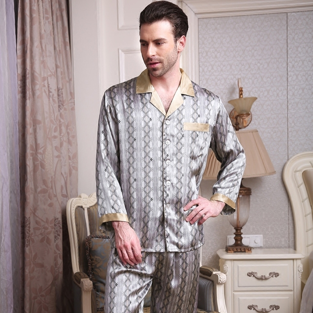 2017 New Men's 100% Silk Pajamas Set Long-Sleeve Button Pajama Pyjamas Set Sleepwear Loungewear Man Clothes