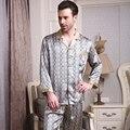 2017 dos homens Novos 100% De Seda Pijamas Set Longo-Luva Botão Pijama Pijamas Set Pijamas Loungewear Homem Roupas