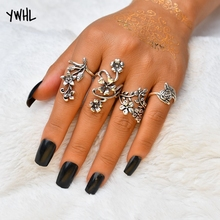 цены на Fashion personality boho style ancient silver hollow carved 4 pieces / set of ring dance party Ring set в интернет-магазинах