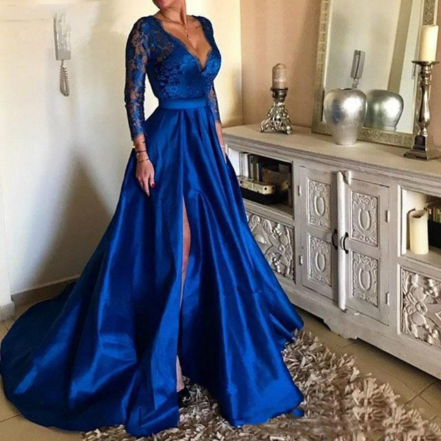 2019 Royal Blue Plus Size Prom Dresses Sexy V Neck Lace Appliques Long Sleeve Front Split Formal Evening Dresses Party Gowns 1