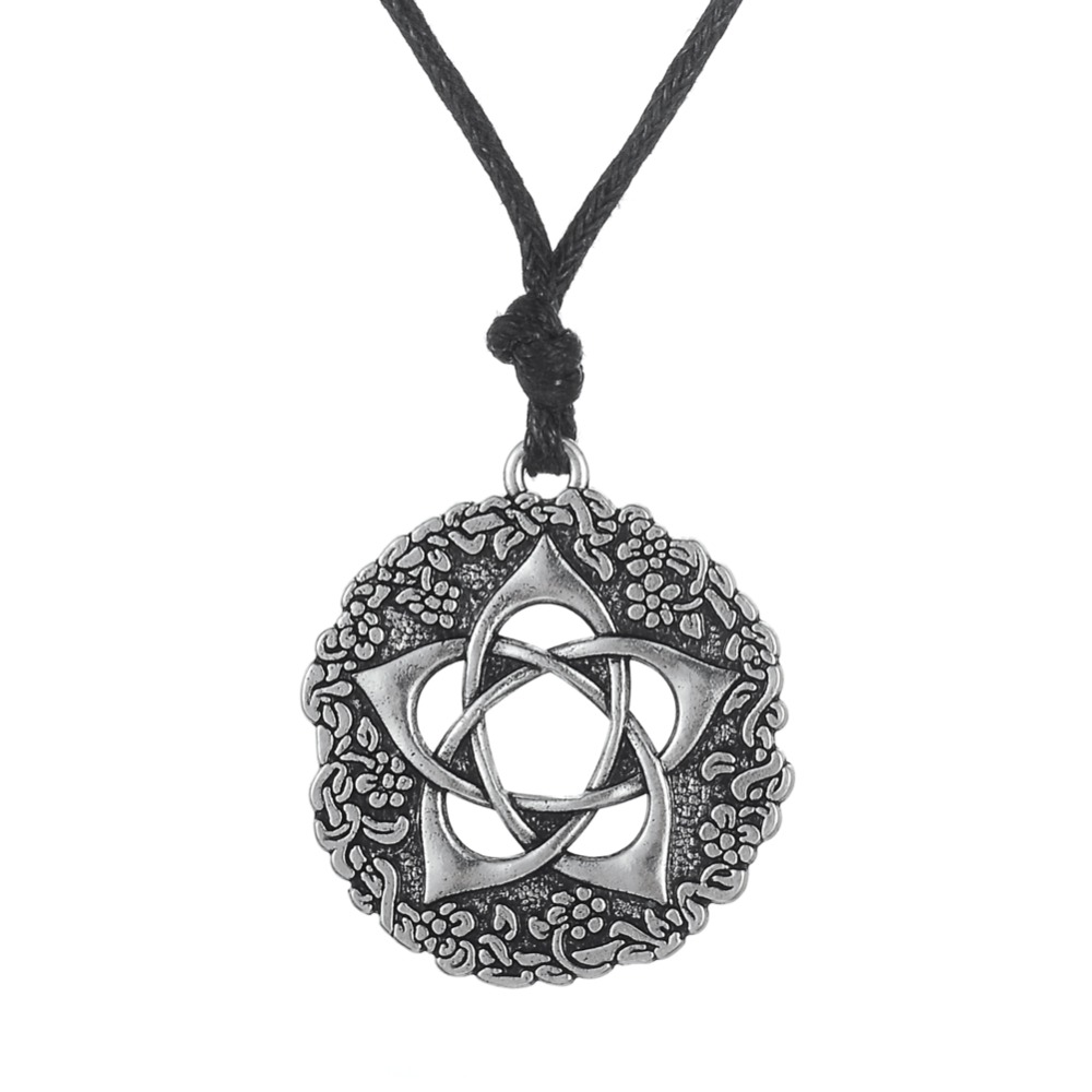 Star Rose Jewelry Minimalist Pentacle of the Goddess Wicca Jewellery neckless Pagan Pentagram Flower Necklace Women Jewlery