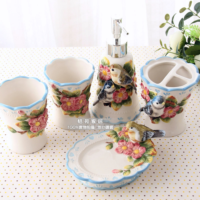 Ceramic Fashion Bathroom Accessories Toothbrush Holder Bathroom Products 5piece Wash Set Wedding Decoration Gift Free Shipping