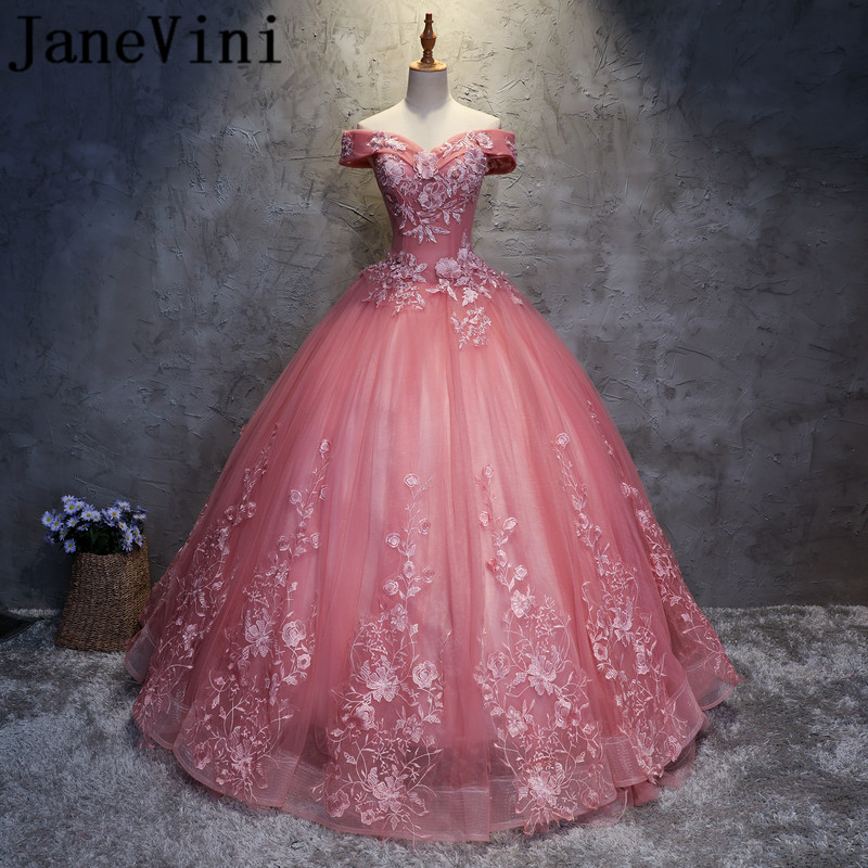 JaneVini 2018 Graceful Long   Bridesmaid     Dresses   Ball Gown Boat Beaded Neck Lace Appliques Tulle Floor Length Vestido Boda Invitad