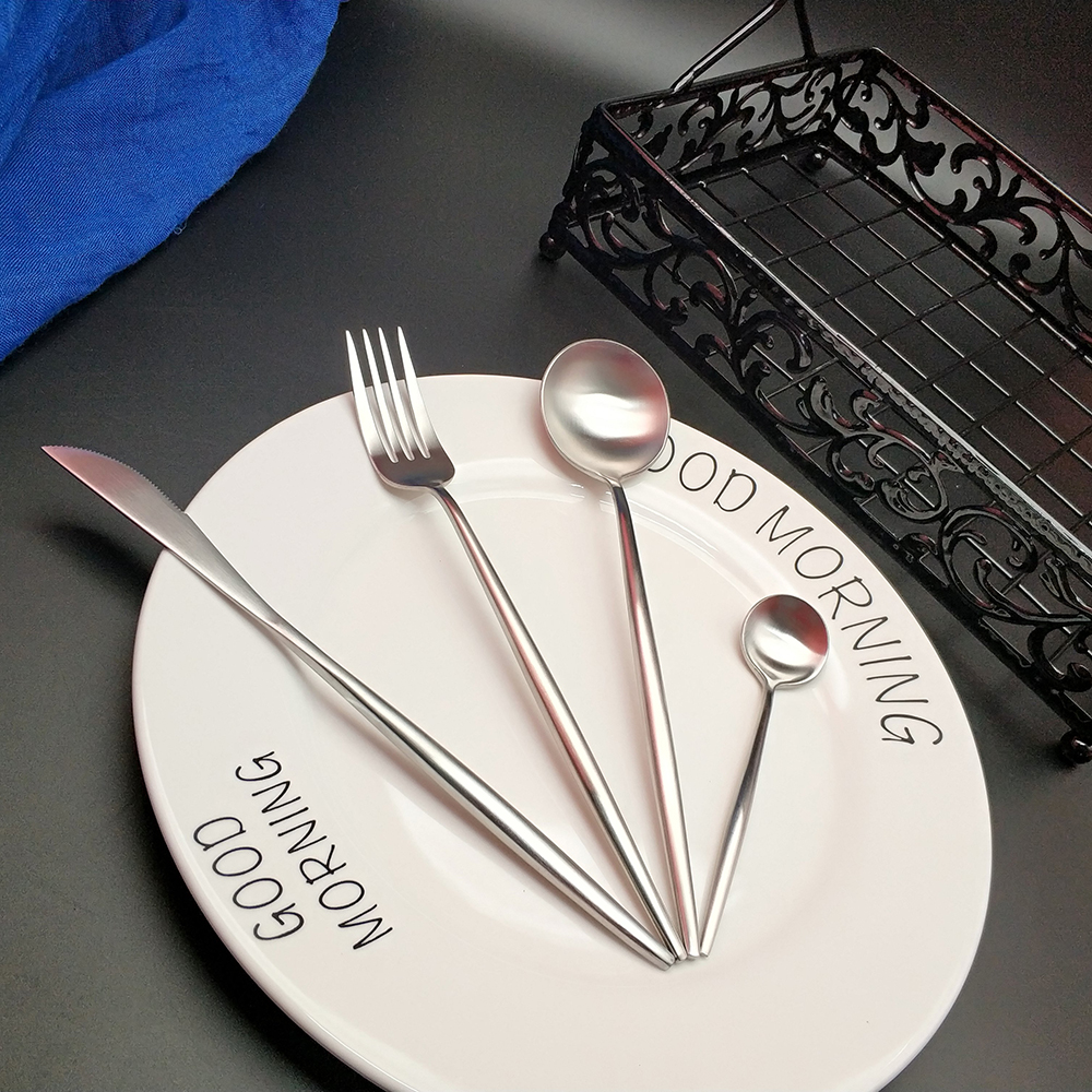 Hot Sale 4pcs Pure Silver Western Cutlery Dinnerware Kitchen 304 Stainless steel Knife Fork Spoon Food Tableware Flatware Set in Dinnerware Sets from Home Garden