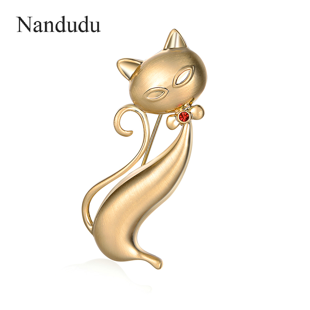Nandudu Cute Little Cat Gold Brooches Pin Up Jewelry For Women Suit Hats Clips Corsages Brand Bijoux Brooch Bijouterie Gift X270