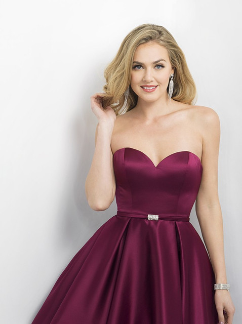 33c3818238b1 2016 Charming Burgundy Silver Homecoming Short Prom Dresses Simple  Sweetheart Off The Shoulder Satin Mini Cocktail Gowns