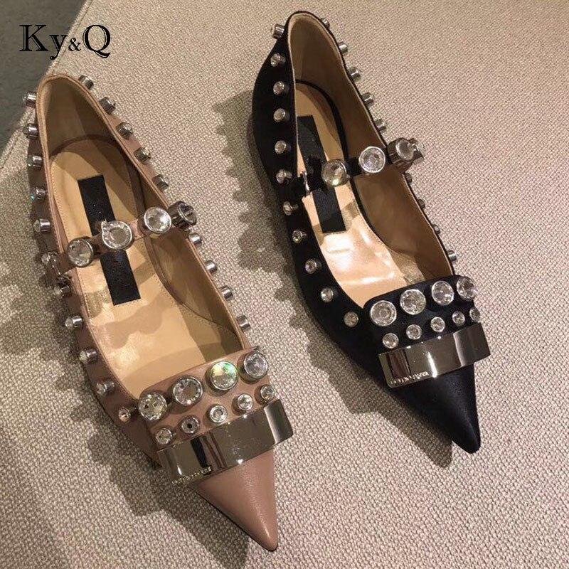 Marques 2018 printemps nouvelles dames strass plat chaussures décontracté femmes chaussures confortables bout pointu chaussures plates