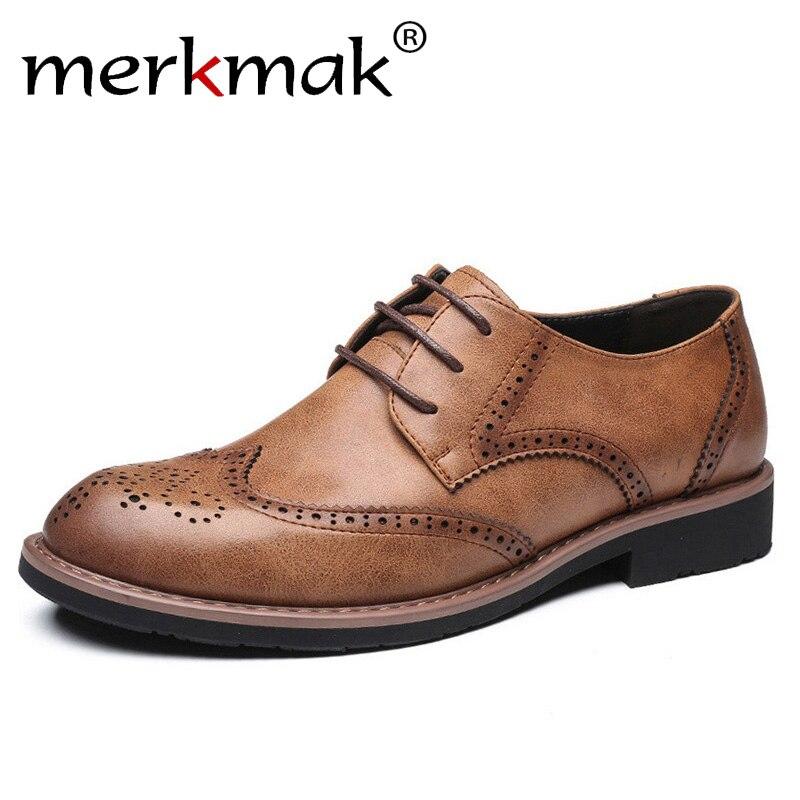 608d6014bb Comprar Merkmak 2018 Novos Homens Se Vestem Sapatos de Casamento Genuíno  Sapatos De Couro Retro Brogue Formal Escritório de Negócios dos homens  Flats ...