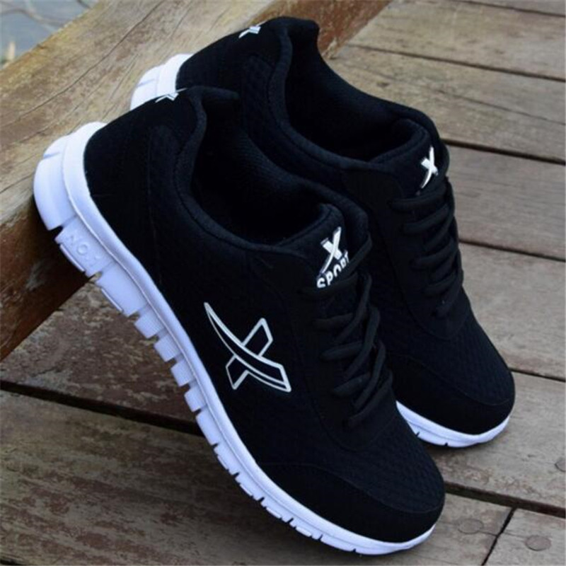 Spring And Autumn New Mesh Sneakers Shoes Men's Wild Lightweight Wear-resistant Breathable Movement Shoes Men's Casual Shoes