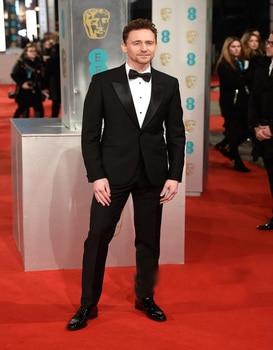 Business Suits Groom Tuxedos Pesked Lapel Slim Bridegroom Best Man Evening Suits Party Groomsman Suits(jacket+pants+Bow tie)